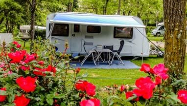 Emplacement camping Vallon Pont d'Arc