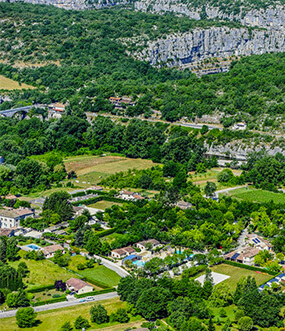 location emplacement campingcar ardeche